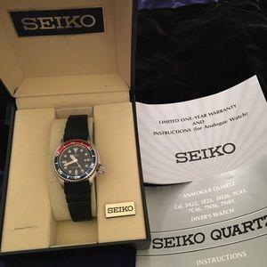 Seiko Ladies Diver Analogue Quartz Watch•NIB